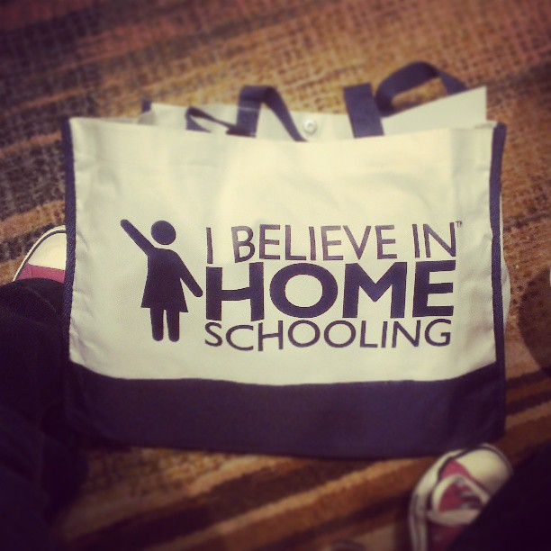 Here's a conference bag that I'm keeping... :: Socamom.com